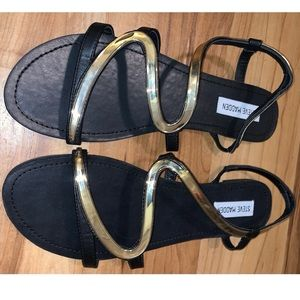 STEVE MADDEN gold/black 10 like new sandals